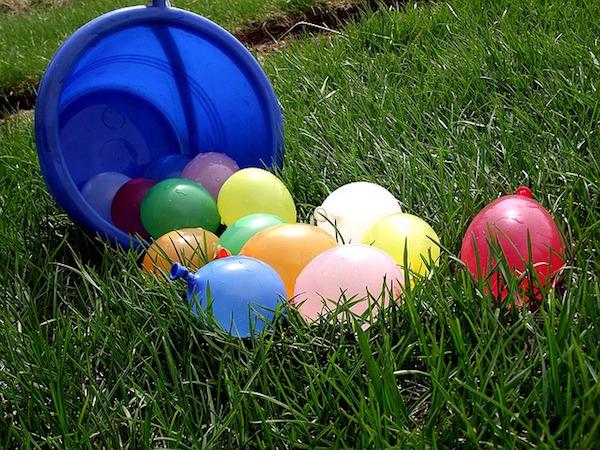 chokadelika-ballons-arroseurs