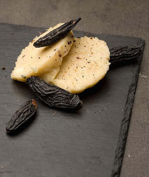 beurre-aromatise-feve-de-tonka